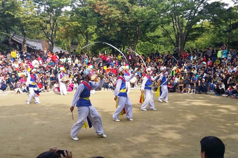 Life & Culture - The Korea Folk Village Tour